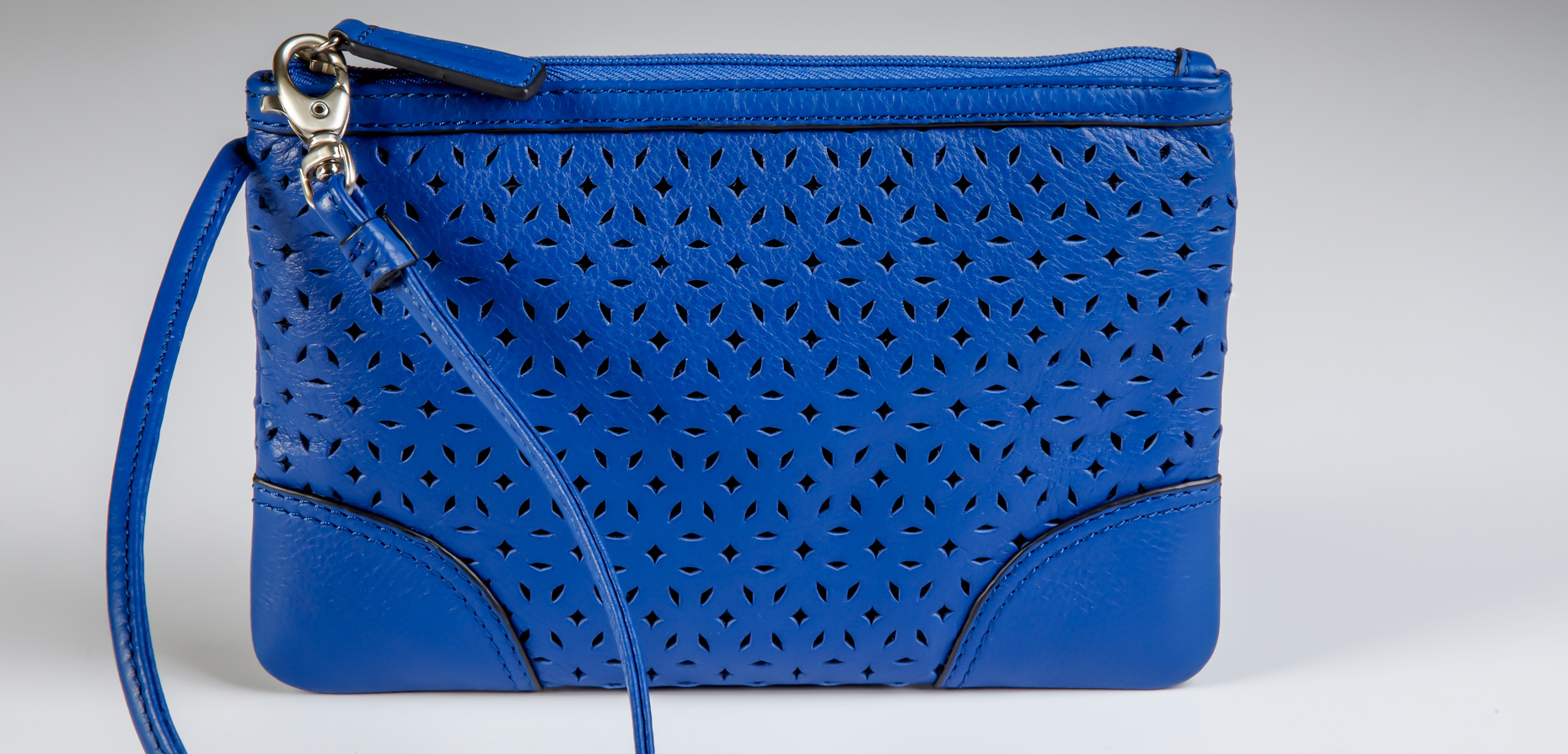Michael Cushman Product Photography CO_MOTIF_ST-TROPEZ-POUCH-s1
